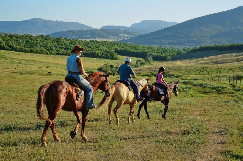 Конные прогулки по Казантипскому заповеднику